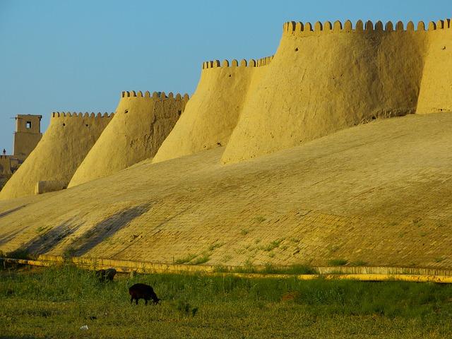 Uzbekistan - khiva - mura della città