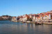 Oporto vista dal fiume Douro